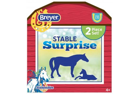 Breyer Stablemates Stable Surprise
