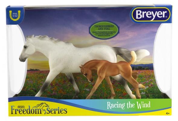 Breyer FS Racing the Wind