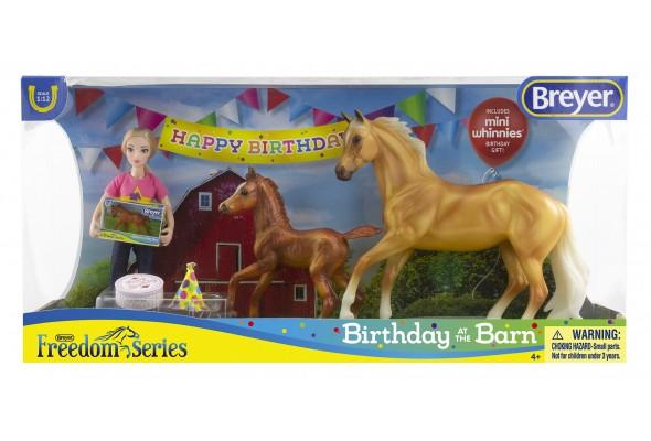 Breyer FS Birthday at the Barn