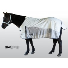 KiwiBlack Crossover Rug Only